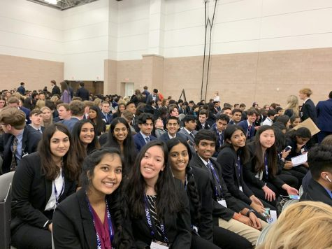 Heritage students wait for placements from their respective DECA competition events.